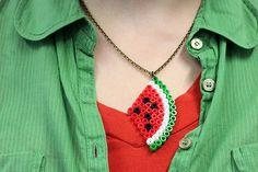 DIY: Melonen- und Herzchenanhänger aus Bügelperlen