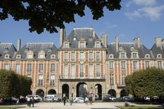 Paris Architecture Place des Vosges