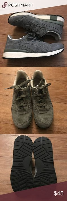 Asics sneakers Asics Onitsuka Tiger Stripes Sneakers. Worn once. Like new. Size says 7 but runs big. Onitsuka Tiger by Asics Shoes Sneakers