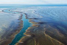 Récif de Montgomery - La mousson annuelle de la région de Kimberley alimente de nombreux bassins, cascades et gorges propices à la baignade. ©  Lauren Bath