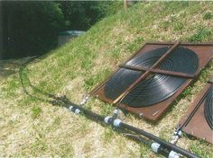 Pipework connection between pump & filter chamber and solar pool heater panels. Solar Energy Panels, Solar Panels, Alternative Energie, Diy Heater, Solar Pool Heater, Solar Power System, Heated Pool, Diy Solar, Do It Yourself Home