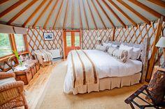 Simple, beautiful yurt layout.