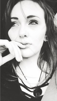 Black and white. People. Girl. Gauges. Plugs. Photography. Portrait.