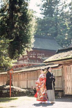 和装前撮り*新郎新婦と神社とたこ |*ウェディングフォト elle pupa blog* Wedding Kimono, Wedding Dresses, Yukata Kimono, Japanese Wedding, Wedding Photo Inspiration, Japanese Kimono, Couple Shoot, Kimono Fashion, Wedding Photoshoot
