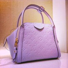 2016 Latest Louis Vuitton Bags For Styling Tips, Buy Discount Louis Vuitton Handbags Only $190, Pay Western Union Get 10% Discount, Buy More Discount More, Shop Now! #Louis #Vuitton #Bags