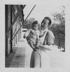Lebensborn. German Women, German Girls, Inside The Third Reich, Interesting History, Historical Pictures, Red Cross, Personal Photo, World History, World War Two