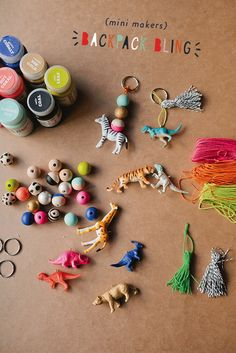 These DIY Keychain Charms Make the Cutest Gifts Ever! Backpack Keychains, Diy Backpack, Projects For Kids, Crafts For Kids, Craft Projects, Cork Crafts, Crafts To Sell, Party Planning Printable, Do It Yourself Crafts