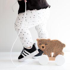 """11 To se mi líbí, 1 komentářů – @bebis_cz na Instagramu: """"Nová mini Miffy 😍 je nejen kouzelný doplněk do pokojíčku, ale i skvělý svítící pomocník při nočním…"""" My Dear Friend, Petunias, Little Princess, Converse Chuck Taylor, High Top Sneakers, Cute, Shoes, Instagram, Dreams"""