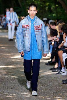 Balenciaga (masculino) primavera-verão 2018 Balenciaga Spring, Balenciaga Mens, Bohemian Style Men, Fashion Show, Men's Fashion, Style Matters, All About Fashion, Men's Collection, Thesis