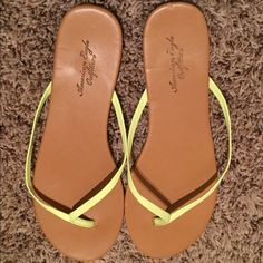 American Eagle Flip Flops Good Condition American Eagle Outfitters Shoes Sandals
