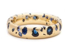 Large and Small Ombre Blue Sapphire Narrow 18ct Yellow Gold Ring
