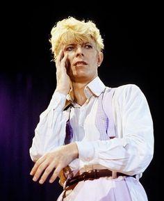 Serious Moonlight Tour (1983).