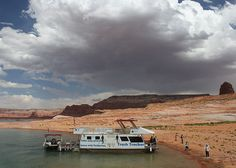 On Lake Powell, learning and helping go hand in hand #trash #environment #water #lakepowell