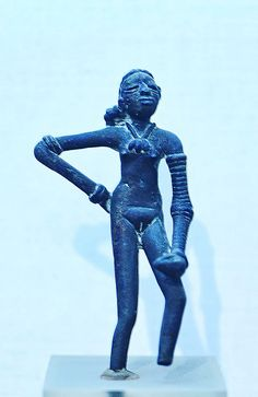 Dancing Girl Of Mohenjodaro, Indus Valley Civilization C- BCE Ancient Indian History, History Of India, Ufo, Harappan, Archaeological Survey Of India, Mohenjo Daro, Indus Valley Civilization, Ga In, Mesoamerican