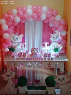 A Mãe da Letícia nos procurou para organizar a decoração de 1 aninho da Letícia, o evento foi feito na residência da família em Manaus....
