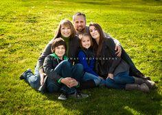 natural family pose