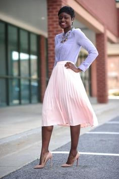 05b07aa29249 Modest Pink Skirt Kyrkkläder, Anspråkslösa Kläder, Outfits Med Kjol,  Blygsamt Mode, Mode