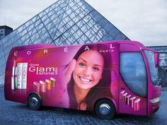 Fotomontaje con bus fashion de Loreal