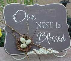 """I have a """"Family Tree"""" theme in my living room. I am either ordering this or making something similar myself for it :)e I'd use small starfish in nest for nautical theme. Diy Signs, Wood Signs, Craft Projects, Projects To Try, Craft Ideas, Decorating Ideas, Fun Ideas, Decor Ideas, Wood Crafts"""