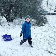 Leider ist der ganze Schnee  schon wieder weg.  Aber für 2 Stunden hatte ich heute die glücklichsten Kinder der Welt.  #today #happykids #happyme #schnee #winter Canada Goose Jackets, Winter Jackets, Instagram, Fashion, Happy Kids, Snow, Winter Coats, Moda, Winter Vest Outfits
