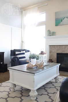 Farmhouse style coffee table makeover. How to update an old coffee table into a cute farmhouse style one!