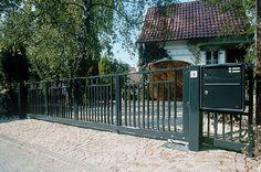 Gardenplaza - Automatisierte Außentore verbessern Wohnqualität und Personenschutz - Hoher Komfort mit Sicherheitsplus