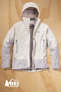 Specifically designed for hikes and backpacking trips, the Women's Talusphere Jacket has the performance features you'll need. The lightweight REI Elements® fabric is waterproof and breathable, and it has a comfortable stretch to allow a full range of motion. Make the Talusphere your go-to jacket for the trail.