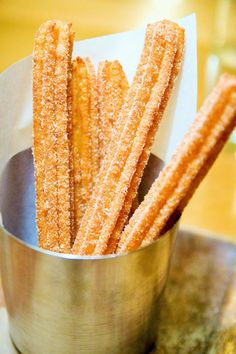 How to make churros - an easy recipe Sweet Desserts, Just Desserts, Delicious Desserts, Yummy Food, Sweets Recipes, Cooking Recipes, Tapas, Latin Food, Mexican Dishes