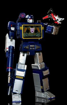 Transformers Masterpiece MP-13 Soundwave and Condor (Laserbeak) (with MP-16 Buzzsaw)