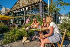 It's terrace time again! Discover here which summer bars are perfect for you and your friends to relax and enjoy a delicious drink and a snack in the sun. Antwerp, City Style, Yummy Drinks, Be Perfect, Belgium, Terrace, Relax, Bar, Architecture
