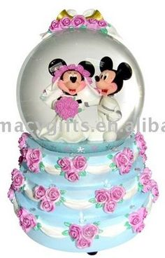 Disney Mickey & Minnie wedding cake Snowglobe