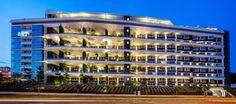 Ridgewood Condominium Singapore, building development - design by DP Architects - Ridgewood Condominium, Singapore housing: architecture design, images Residential Architecture, Modern Architecture, Dp Architects, Building Development, Garden Levels, Condominium, Facade, Mansions, House Styles