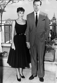 Audrey Hepburn with her fiancé James Hanson in Rome, Italy, August How stunning does she look here? Audrey Hepburn Outfit, Audrey Hapburn, Audrey Hepburn Birthday, Audrey Hepburn Mode, Audrey Hepburn Photos, Audrey Hepburn Fashion, Aubrey Hepburn Style, Audrey Hepburn Givenchy, Audrey Hepburn Wedding Dress