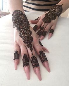 Latest Mehandi Design Images Collection You Must Try - Mehandi Designs  #hennaparty #henna #orlandohenna #hennaart #hennadesign #mehndi #bts #mehnditattoo #mehndidesigns #mehandi #mehandidesigns #mehandicreation #hennatattoo #hennadesigns #hennamehndi