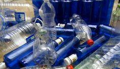 Cada madrileño depositó 19,5 kg en el contenedor amarillo (envases de plástico, latas y bricks) y 11,8 kg en el azul (envases de papel y cartón). + información....