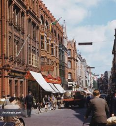 Architect: O'Callaghan & Webb The first F. Woolworth store in Ireland opened in 1914 on Grafton Street in Dublin. Eventually spread over three adjacent commercial units. Ireland Pictures, Images Of Ireland, Old Pictures, Old Photos, Dublin Street, Dublin Airport, Dublin City, Dublin Ireland, Ireland Travel