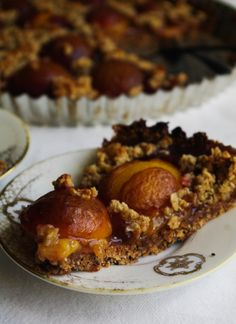 Healthy Spiced Plum Pie & Oatmeal Crumble - My Nordic Kitchen