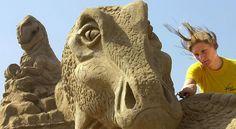La fabrication du château de sable idéal expliquée aux enfants