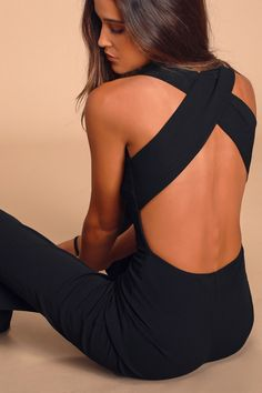 Your admirers will have a lot to say about their love for you in the Thinking Out Loud Black Backless Jumpsuit! Knit jumpsuit has wide crossing straps. Backless Top, Strapless Jumpsuit, Bodycon Dress, Mode Outfits, Fashion Outfits, Fall Fashion, Fashion Trends, Black Jumpsuit, Female Fitness