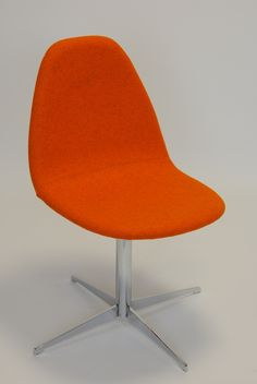 Kube Chair, Base No. 2 - Centre Pedestal, Swivel, with Cruciform Base