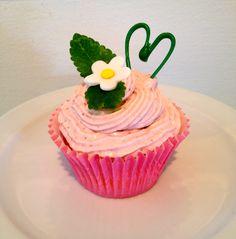 "Strawberry Cupcake ""Spring"" Strawberry Cupcakes, Spring, Desserts, Food, Meal, Deserts, Essen, Hoods, Dessert"