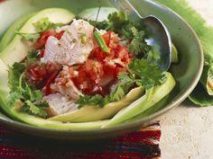 Fisch mit Tomaten und Koriander (Ceviche) ist ein Rezept mit frischen Zutaten aus der Kategorie Fruchtgemüse. Probieren Sie dieses und weitere Rezepte von EAT SMARTER!