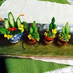 4.アスパラと菜の花のちくわ門松