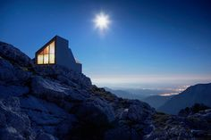 Solitary Wilderness Shelter Provides Warmth to Mountain Hikers - My Modern Met