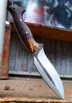 Tom Oar Knives, Buck Knives, Cool Knives, Knives And Swords, Survival Knife, Survival Gear, Survival Prepping, Survival Skills, Urban Survival