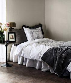 Home   Bedroom   Duvet cover sets   Single   H&M US