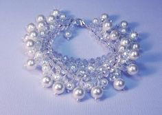 Wedding Bracelet Ruwani of Pearl and Crystal