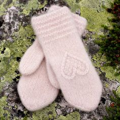 Knitted Slippers, Knit Mittens, Knitted Hats, Cashmere Gloves, Long Gloves, Baby Hats Knitting, Mittens Pattern, Hand Warmers, Knit Crochet