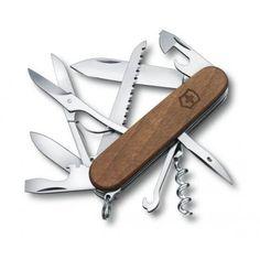 """Nyhed hos Nyttigbras.dk Schweizerkniv Huntsman Wood m/13 funktioner """"Back to basic"""" med skaller af træ og værktøjer i ekstrem høj kvalitet fra verdens største knivproducent Victorinox!"""
