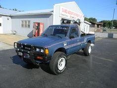 "radracerblog: ""1984 Nissan 720 Pickup Lifted "" Nissan Pickup Truck, Nissan 4x4, Nissan Trucks, Pickup Trucks, Mini Trucks, Lifted Trucks, Cool Trucks, Cool Cars, Pick Up Nissan"